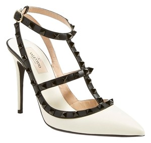 Valentino Rockstud Rock Twotone White Black Pumps