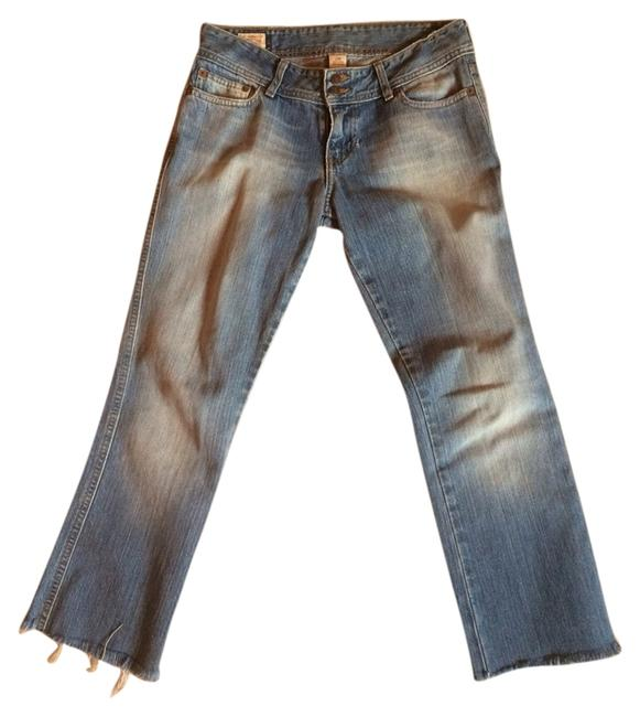 Preload https://item3.tradesy.com/images/abercrombie-and-fitch-light-wash-capricropped-jeans-size-26-2-xs-1120972-0-0.jpg?width=400&height=650