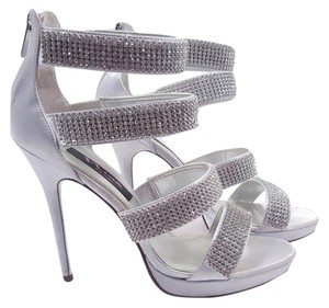 Nina Bridget Strappy Size 8 Silver Sandals