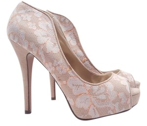 Shi by JOURNEYS Pandon Beige / Nude Pumps