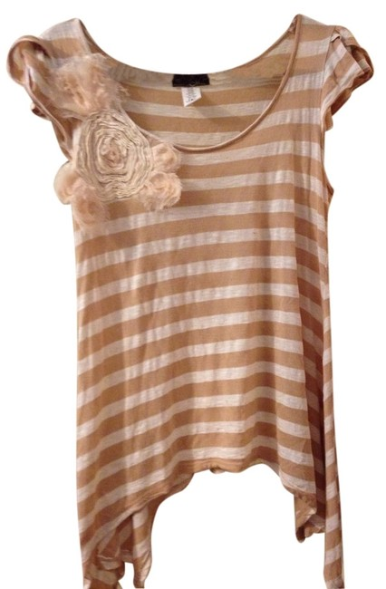 M clothing T Shirt Light Brown & White