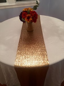 19 Gold Sequin Table Runners 12