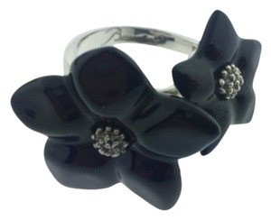 Baccarat BACCARAT BLOSSOM SILVER ONYX FLOWER RING.