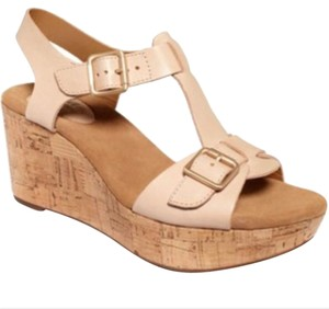 Clarks Beige/Neutral Wedges