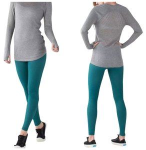 Lululemon New With Tags Lululemon Wunder Under Pants III, Size 4. Color Code: Forage Teal And White