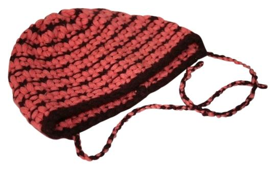 Preload https://img-static.tradesy.com/item/1122306/malo-raspberry-cashmere-2-tone-size-x-small-in-mint-condition-will-fit-10-12-year-old-girl-hat-0-0-540-540.jpg