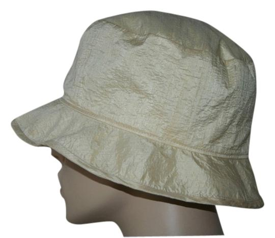 Preload https://img-static.tradesy.com/item/1122308/giorgio-armani-ivory-silk-summer-size-59-in-mint-condition-lined-hat-0-0-540-540.jpg