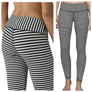 Lululemon New With Tags Lululemon Wunder Under Pants Angel Wing Parallel Stripes Bold Stripe Black And White Size 8
