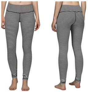 Lululemon New without tags Lululemon Wunder Under Pants Full Length Angel Wing Black And White Bold Stripes Size 4