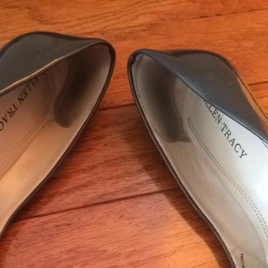 Ellen Tracy Pewter Pumps