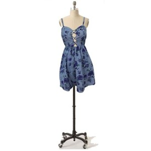 Audrey 3+1 Floral Party Open Lattice Bust Chambray Smocked Var Dress