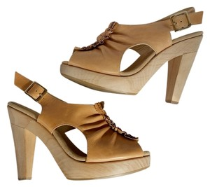 Loeffler Randall Leather Wood Slingbacks Beige Platforms
