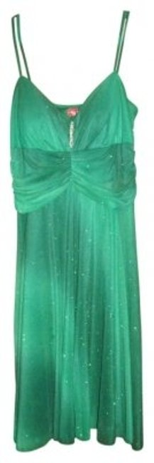 Preload https://item1.tradesy.com/images/ruby-rox-green-knee-length-cocktail-dress-size-12-l-11245-0-0.jpg?width=400&height=650