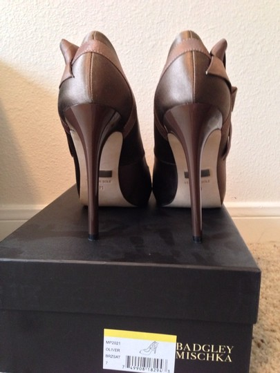Badgley Mischka Bronze Satin Pumps