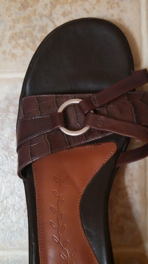 Clarks Leather brown Sandals