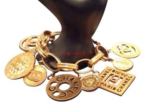 Chanel RARE VINTAGE CHANEL SEASON 27 GOLD PLATED LARGE CHARM BRACELET