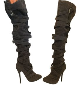 N.Y.L.A. Covered With Straps Gray Boots