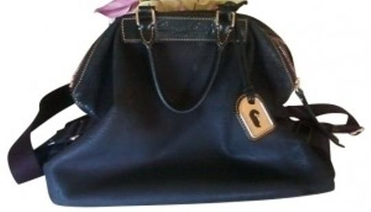 Preload https://item3.tradesy.com/images/dooney-and-bourke-black-leather-shoulder-bag-1127-0-0.jpg?width=440&height=440