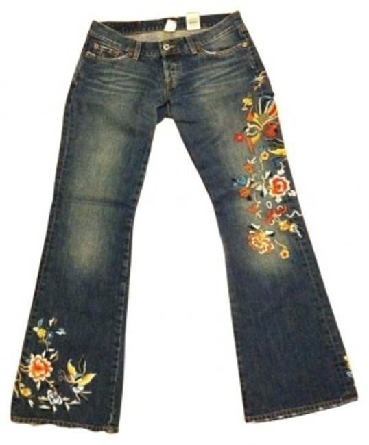 Preload https://item2.tradesy.com/images/lucky-brand-dark-blue-embroidered-flare-relaxed-fit-jeans-size-28-4-s-11271-0-0.jpg?width=400&height=650