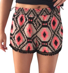 Honey Punch Dress Shorts Pink, black