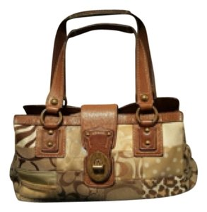 Coach Satchel in Khaki/Animal