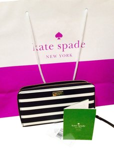 Kate Spade Kate Spade Black White Zip Wallet