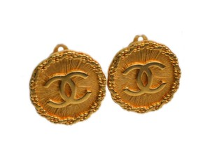 Chanel Auth CHANEL COCO Mark Clip Earrings Metal Gold (BF090015)