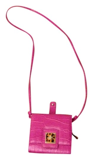 Preload https://item5.tradesy.com/images/liz-claiborne-cross-body-bag-hot-pink-1128349-0-0.jpg?width=440&height=440