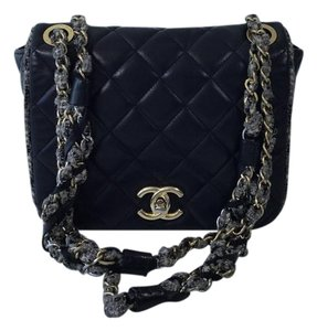 Chanel Limited Edition Leather Cc Logo Shoulder Bag