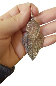 Silver leaf filigree dangling earrings