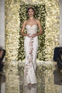 Reem Acra I Am Couture Wedding Dress