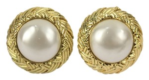Chanel Chanel Round Gold Tone Faux Pearl Clip On Earrings CCAV373