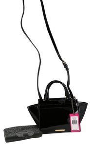 Vince Camuto Satchel in Black