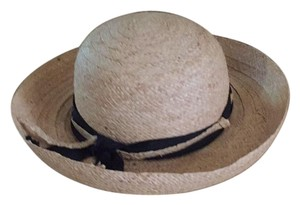 Liz Claiborne Hats - Up to 70% off at Tradesy 3979959fea51