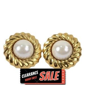 Chanel Chanel Round Stud Gold Tone Faux Pearl Clip On Earrings CCAV362