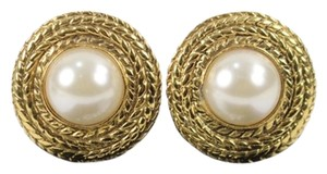 Chanel Chanel Round Rope Gold Tone Faux Pearl Clip On Earrings CCAV350
