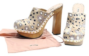 Miu Miu Daisy Print White Leather Gold Studs Beige Mules