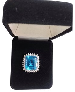 ARDECO BLUE TOPAZ STONE 14 K GOLD 2,0 CT DIAMOND RING BRAND NEW SIZE 7