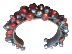 Metal with red stones bracelet