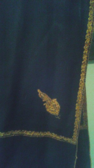 Other oversized wool scarf with golden trim Image 1