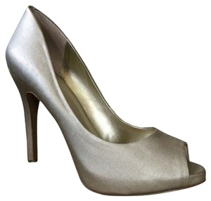 BCBGeneration Gold Pumps