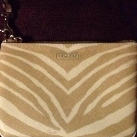 Coach Wristlet in Tan Light Khaki