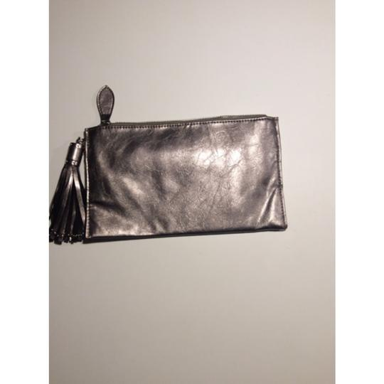 Expressions Metallic Clutch Image 1