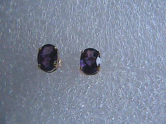 Unknown 10k Solid Yellow Gold 1.6 cts Oval Cut Amethyst Stud Earrings