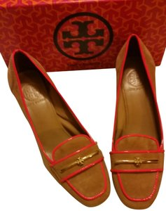 Tory Burch Royal Tan & Fluo Coral Pumps