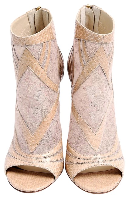 Item - Biege Nude Lace Ankle Boots/Booties Size US 9 Regular (M, B)