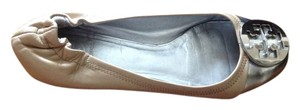 Tory Burch Beige and silver Flats