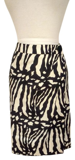 Ann Taylor Cream/Light Gold & Black Silk Zebra Print Skirt Size 6 (S, 28) Ann Taylor Cream/Light Gold & Black Silk Zebra Print Skirt Size 6 (S, 28) Image 1