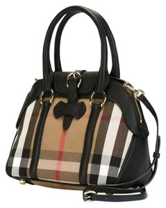 Burberry Purse Satchel Prada Tote in Black