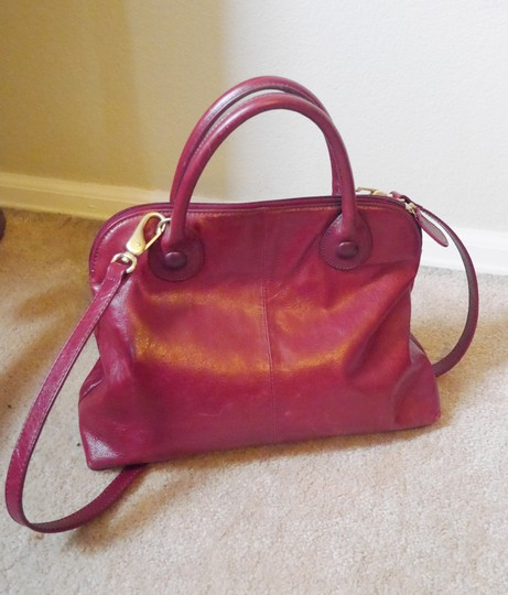 Clarks Classic Leather Handbag Crossbody Satchel in red Image 1